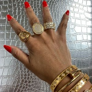 3 piece gold toned stainless steel set.